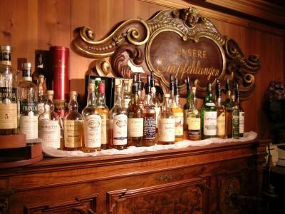g_bar_whiskey_01_0